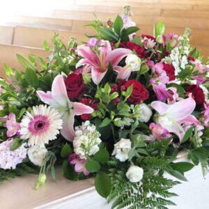 casket-floral-arrangement