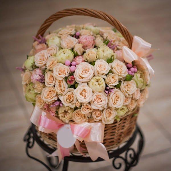 luxury-floral-basket